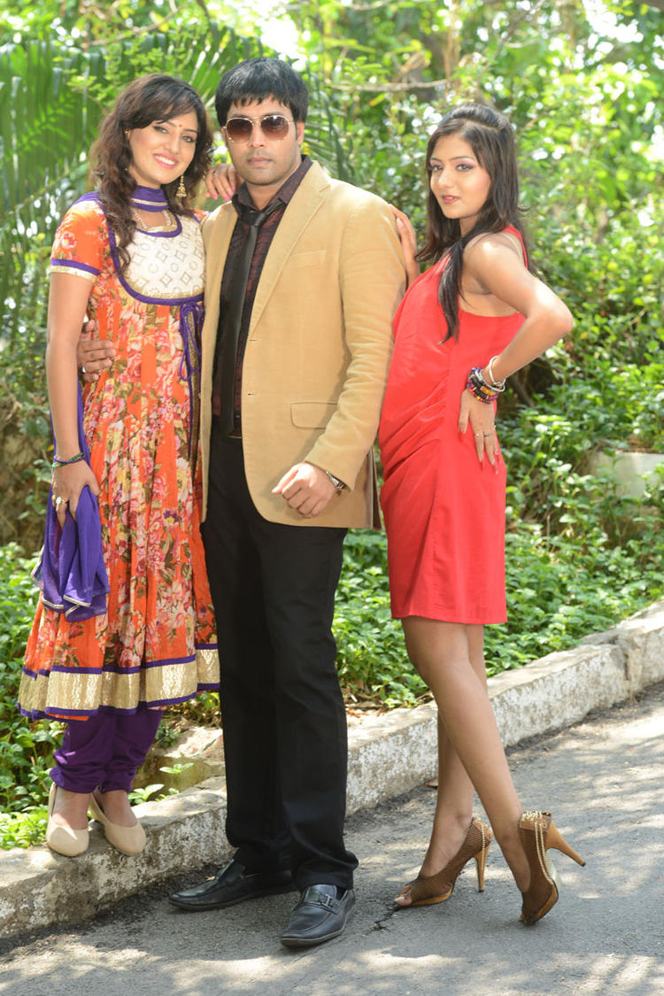 Kavitha,Jai Akash And Khushi Clicked At Donga Prema Movie Opening Event