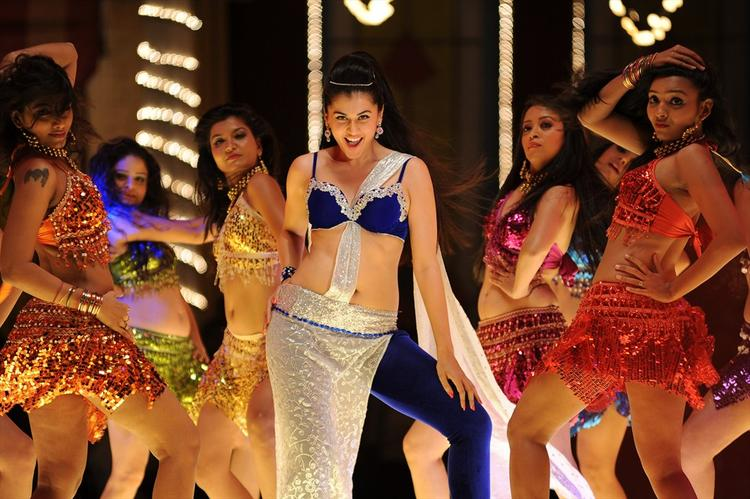 Taapsee Pannu Hot Dancing Pose Still From Shadow Movie