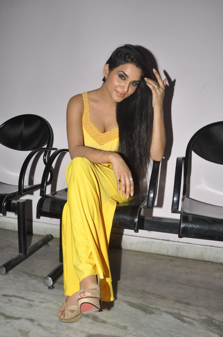 Kavya Singh Fashionable Look At Half Boil Movie Audio Launch Function