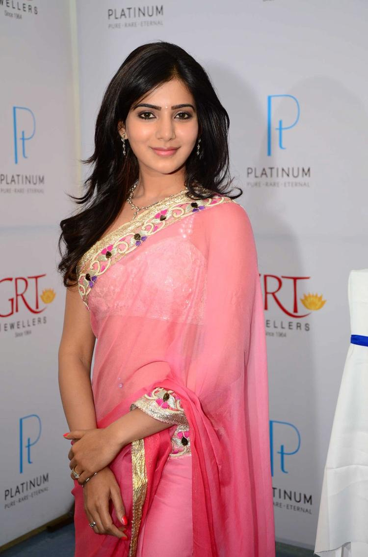 Samantha Glamour Look In Saree At GRT Jewellers