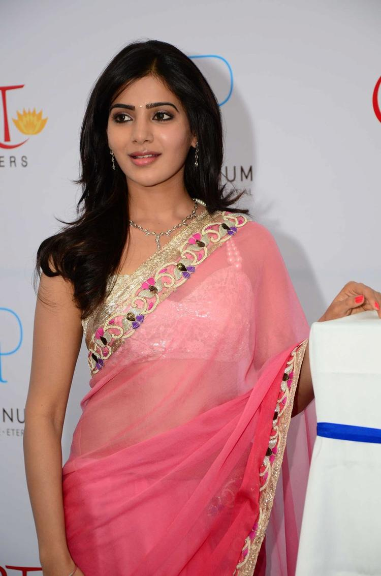 Samantha Shops At GRT Jewellers