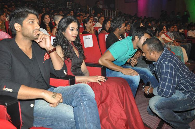 Allu,Catherine And Ram Charan At Iddarammayilatho Audio Launch Function