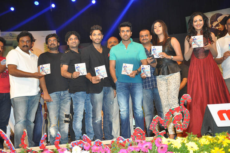 V. V. Vinayak,Puri Jagannadh,Allu,Ram Charan,Amala And Catherine Posed For Camera At Iddarammayilatho Audio Launch Function