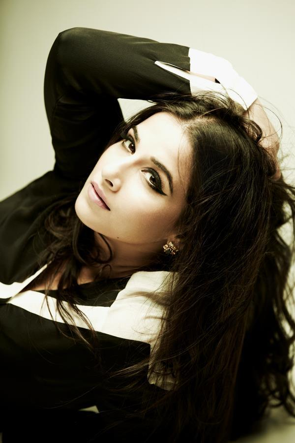 Vidya Balan Gorgeous Look Photo Shoot For Marie Claire May 2013