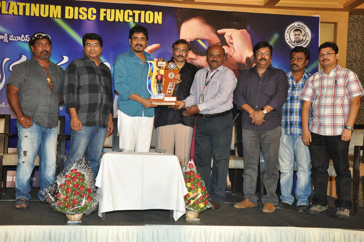 Casts Launches Greeku Veerudu Hexa Platinum Disc