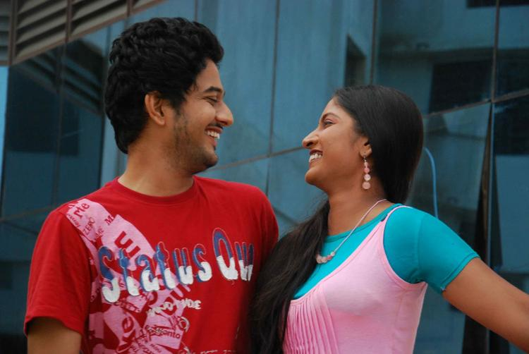 Jayachandra And Sapna Cool Smiling Look Still From Tenth Lo Luck Interlo Kick Betech Lo Movie