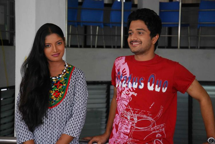 Sapna And Jayachandra Gossip Still From Tenth Lo Luck Interlo Kick Betech Lo Movie