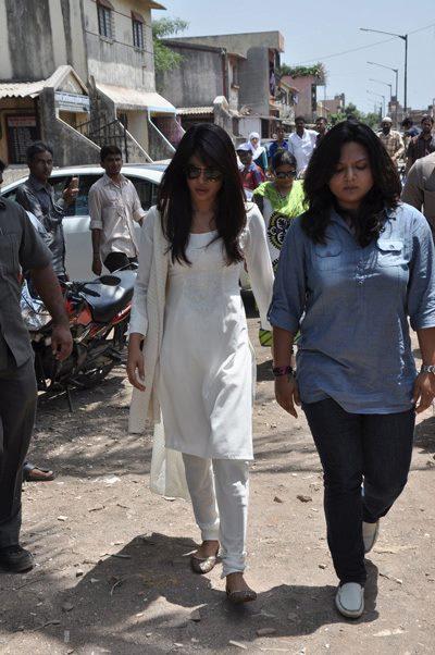 Priyanka Chopra Spotted At Funeral Of Her Spot Boy Jiban Batra