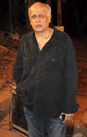 Mahesh Bhatt Spotted At Aashiqui 2 Movie Music Concert