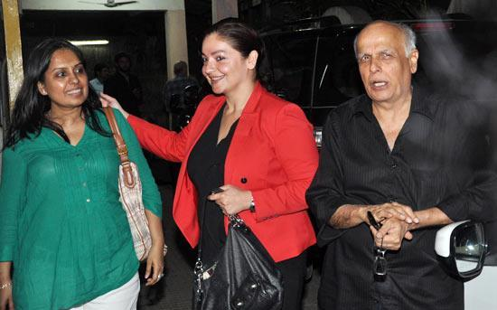 Pooja and Mahesh At Special Screening Of Aashiqui 2