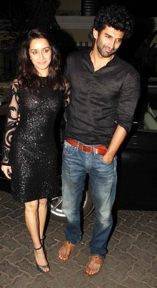 Shraddha and Aditya Latest Still During Aashiqui 2 Screening