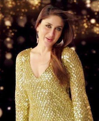 Kareena Kapoor Apna Bombay Talkies Title Song Still