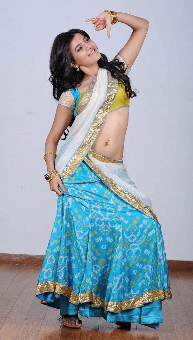 Samantha Ruth Prabhu In Saree Sexy Look Still