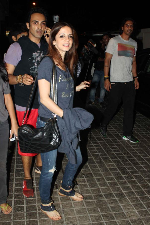 Suzanne Roshan Arrives At The Screening Of Iron Man 3