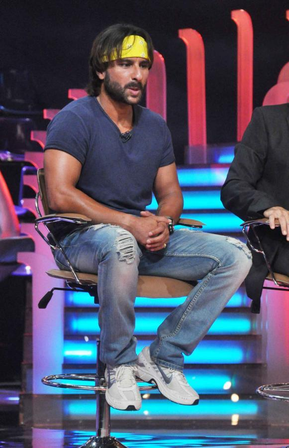 Saif Ali Khan Promoting Go Goa Gone Movie On The Sets Of Extra Innings T20 IPL 2013