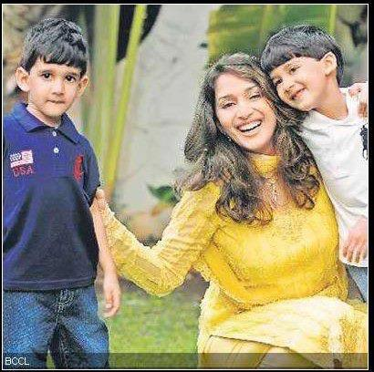 Madhuri Dixit Smiling Pic With Her Sons Arin and Ryan