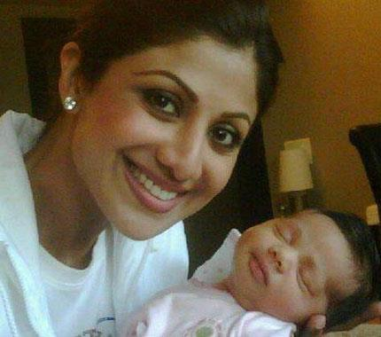 Shilpa Shetty Sweet Still With Her Son Viaan Raj Kundra