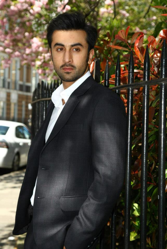Ranbir Kapoor Dappers Look During The Promotion Of YJHD In London