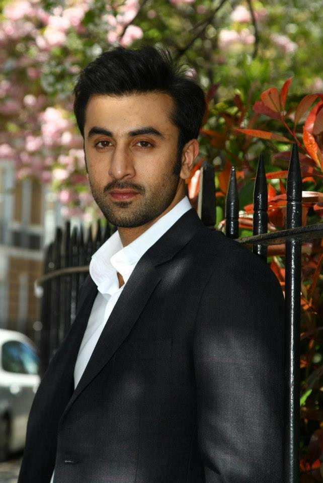 Ranbir Kapoor Dazzling Look During The Promotion Of YJHD In London