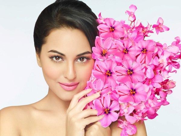 Sonakshi Sinha Milky Face Look Shoot For Dabur Gulabari Print AD