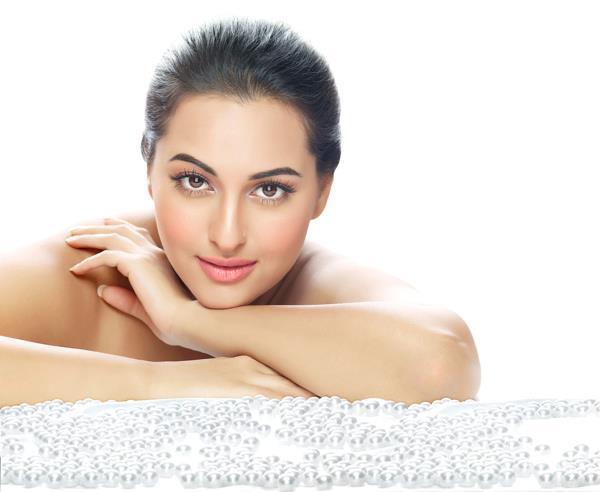 Sonakshi Sinha Silky Glorious Body Look Shoot For Dabur Gulabari Print AD