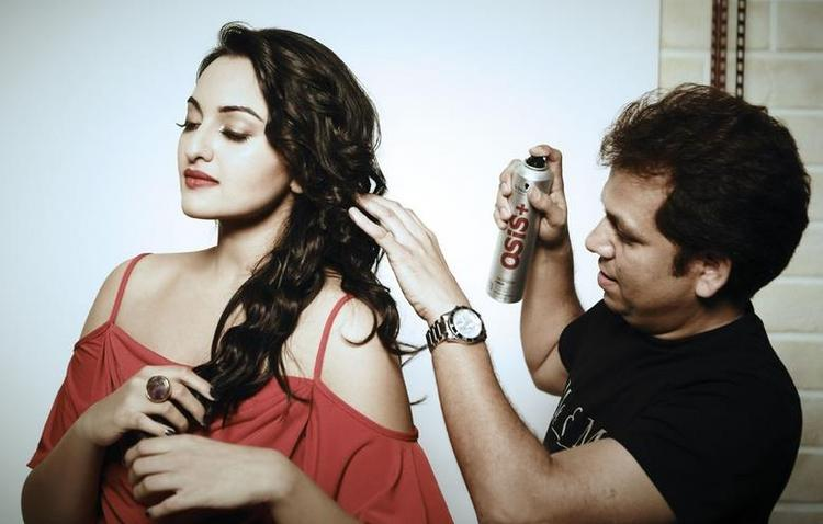 Sonakshi Sinha Dazzling Look In The Make Up Room On The Sets Of Photoshoot