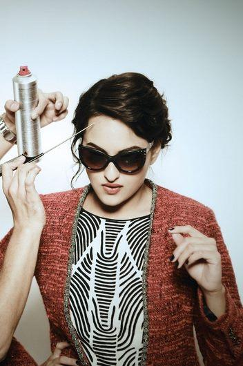 Sonakshi Sinha Glamour Look On The Sets Of Photoshoot
