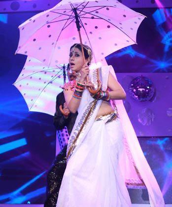 Urmila Matondkar Performance Still At GR8 Women Awards 2013