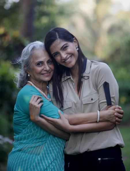 Sonam And Waheeda Posed For Camera During The Interview