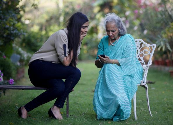 Sonam Conversations With Waheeda During The Interview
