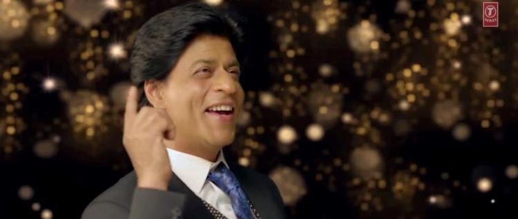 Shahrukh Khan Cool Look In Apna Bombay Talkies Song