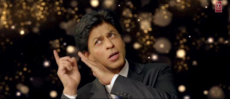 Shahrukh Khan Nice Look In Apna Bombay Talkies Song
