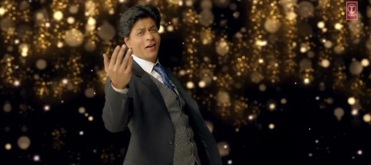 Shahrukh Khan Smart Look In Apna Bombay Talkies Song