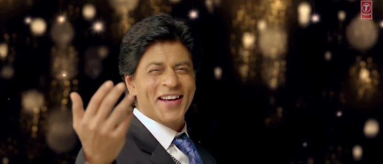 Shahrukh Khan Smiling Look In Apna Bombay Talkies Song