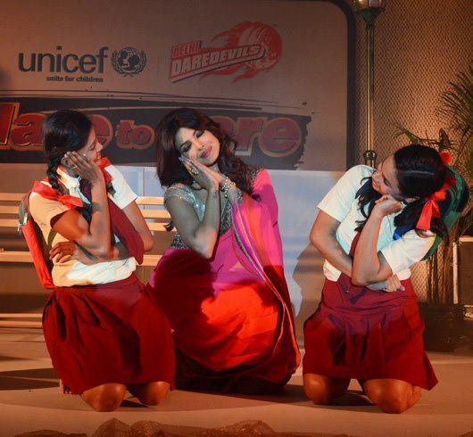 Priyanka Chopra Dancing With Girls Still