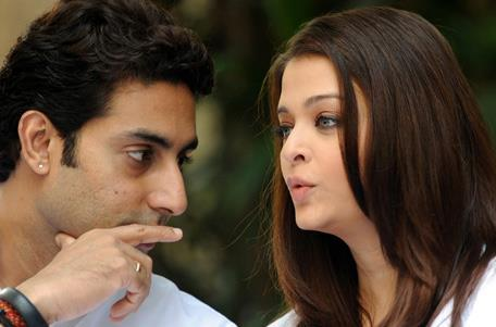 Abhishek And Aishwarya Discussion Still At Home During The Girl Child Support Event