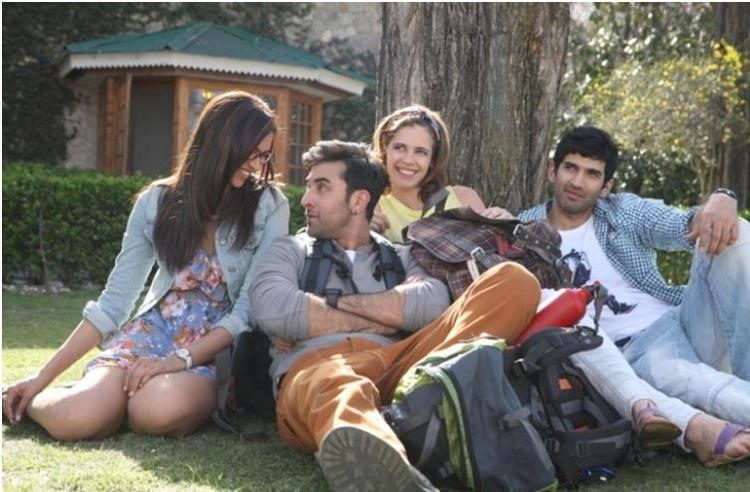 Ranbir And Deepika Cool Enjoying Look Still From Yeh Jawaani Hai Deewani Movie