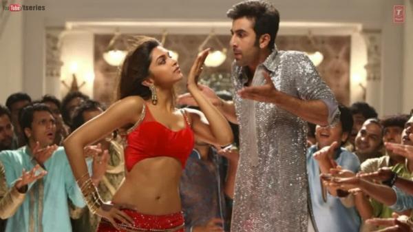 Ranbir And Deepika Nice And Cool Dance Still From Yeh Jawaani Hai Deewani Movie