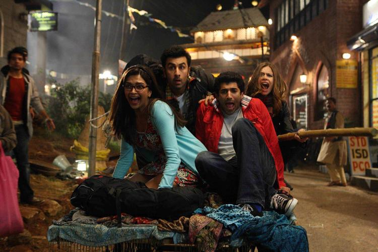 Ranbir And Deepika A Still From Yeh Jawaani Hai Deewani Movie