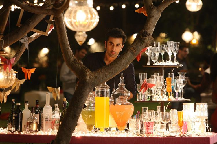 Ranbir Kapoor Dazzling Look Still From Yeh Jawaani Hai Deewani Movie