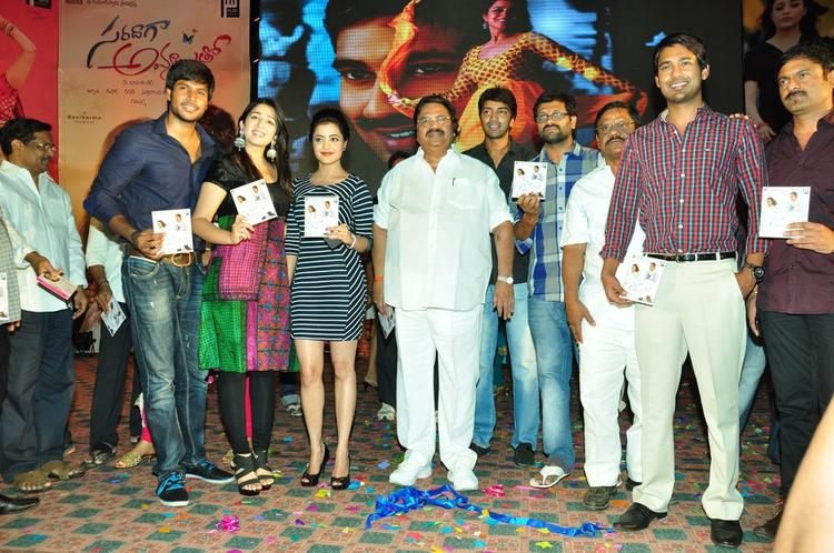 Sundeep,Charmy,Nisha,Dasari,Allari And Varun Posed With Audio CD At Saradaga Ammaitho Movie Audio Launch Function