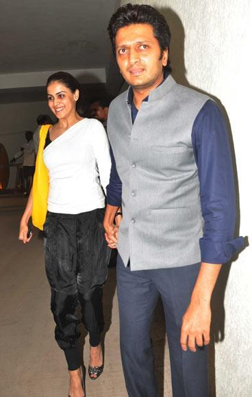 Genelia With Hubby Riteish Clicked At Bombay Talkies Special Screening Event