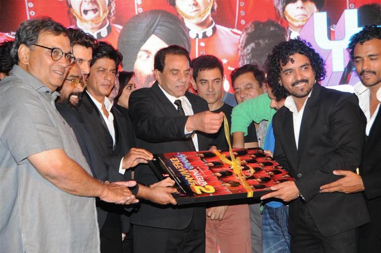 Dharmender Launchs Yamla,Pagla,Deewana 2 Music