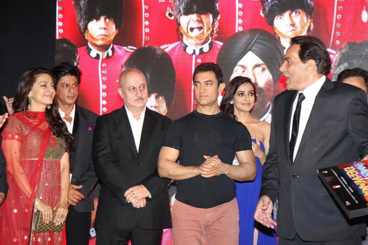 Juhi,Aamir,Srk,Dharmender And Anupam During The Launch Event Of Yamla Pagla Deewana