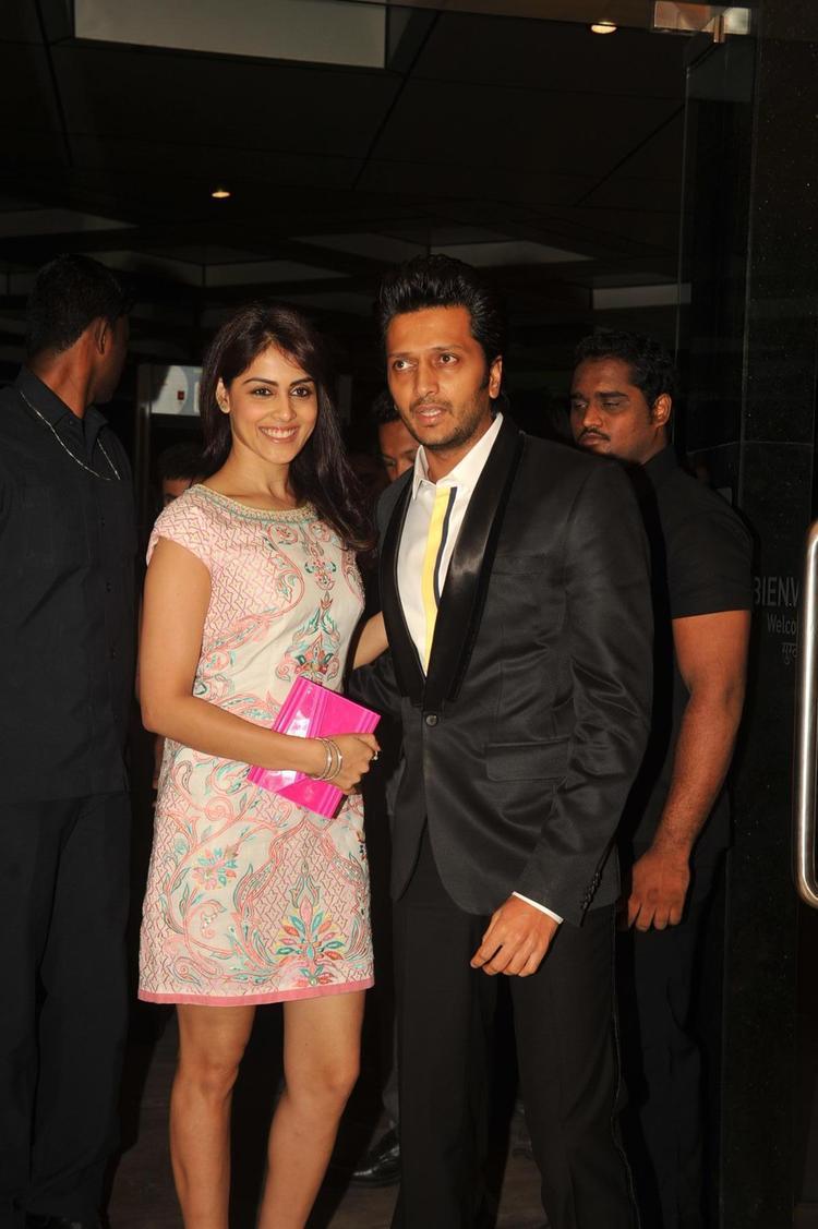Nice Couple Riteish And Genelia Snapped At Yamla,Pagla,Deewana 2 Music Launch