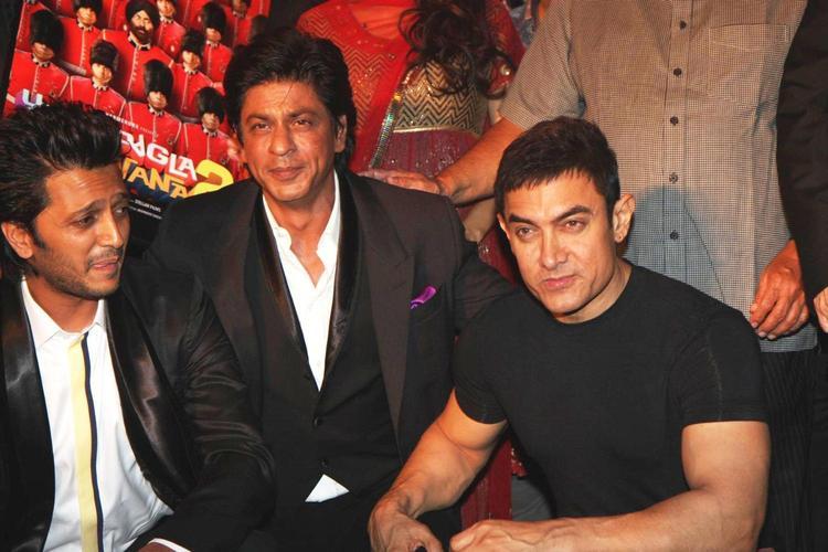 Srk,Amir And Riteish Pose During Yamla,Pagla,Deewana 2 Music Launch Event