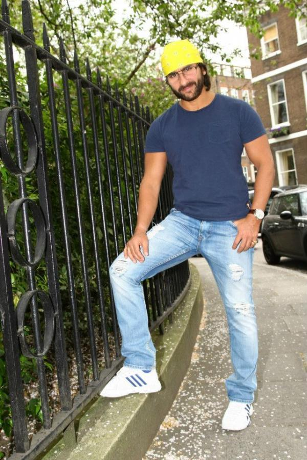 Saif Ali Khan Strikes A Pose During Go Goa Gone Press Conference At London