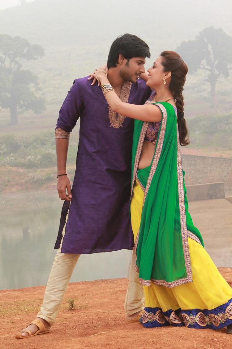 Sudeep Kishan And Nisha Agarwal Hot Romantic Pic In New Film DK Bose