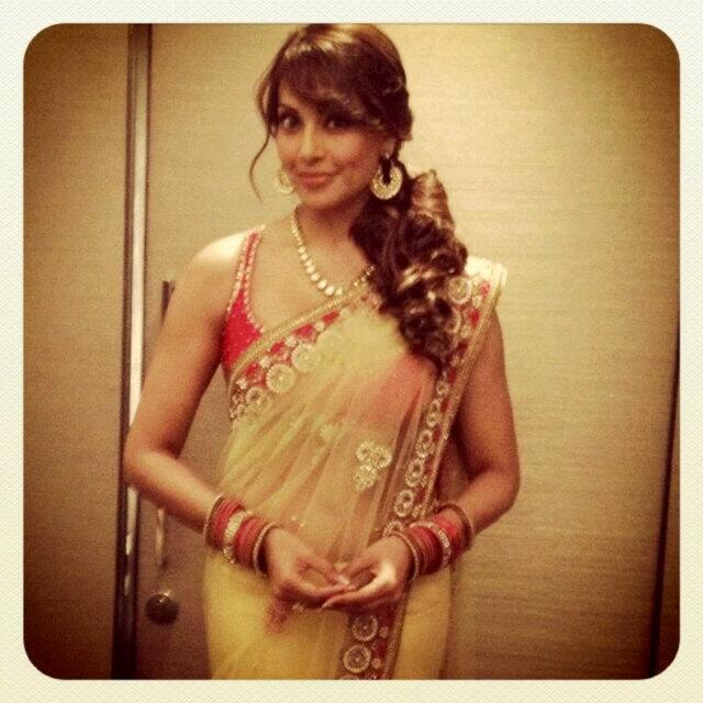 Bipasha Basu Looking So Beautiful At Her Friend Marriage Ceremony