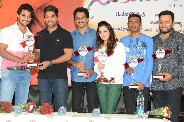Aadi,Allu Arjun,G. Ashok,Nisha And Sai Kumar Graced At Sukumarudu Triple Platinum Disc Function